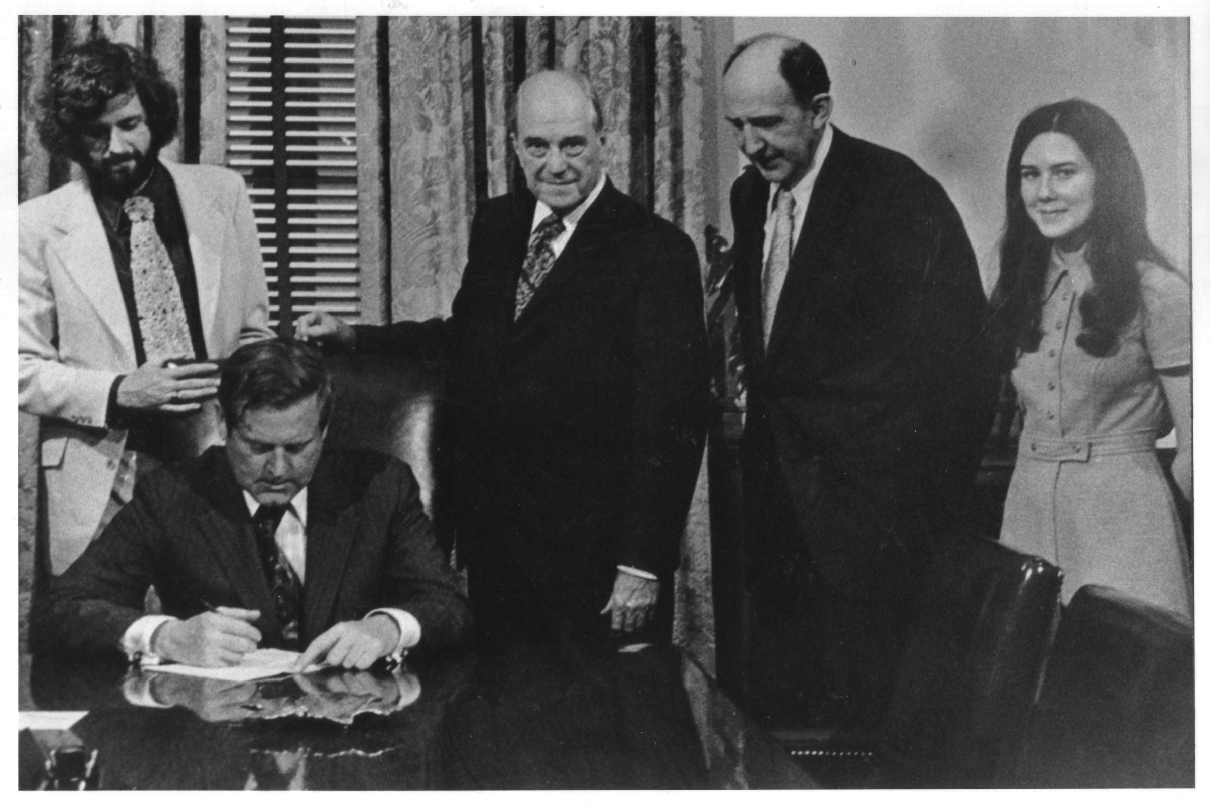Governor A. Linwood Holton signs H-210 separating George Mason College from the University of Virginia, April 7, 1972